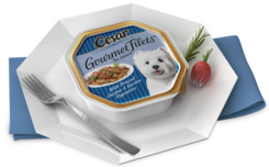 Cesar Gourmet Filets With Braised Chicken and Garden Vegetables