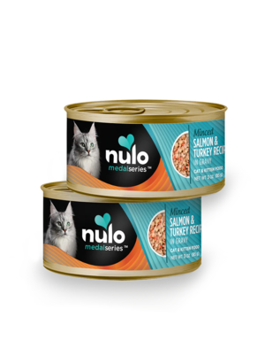 Nulo MedalSeries Minced Salmon & Turkey Recipe In Gravy